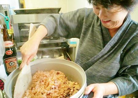 女将特製たこ飯